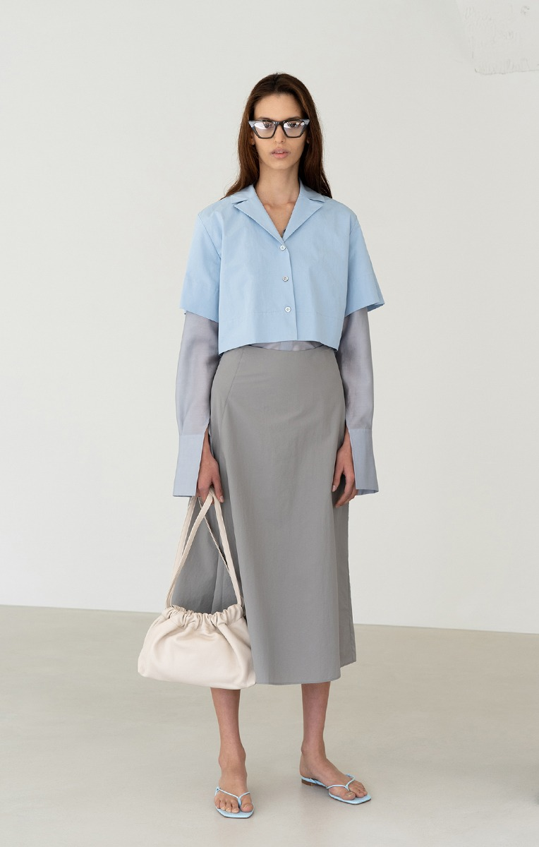 CROPPED SHIRTS (BLUE, BEIGE)