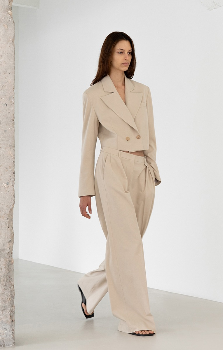 STONE WIDE TROUSERS (LIGHT BEIGE)